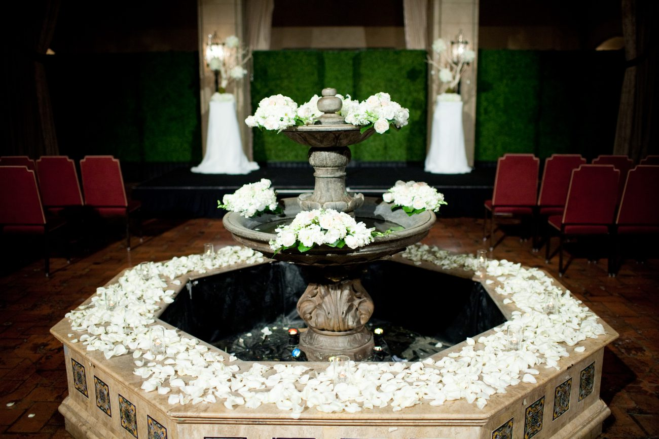 Roosevelt Hotel Hollywood Wedding Ceremony Sassy Girl Weddings & Events Los Angeles & Orange County Wedding Planner and Wedding Planning